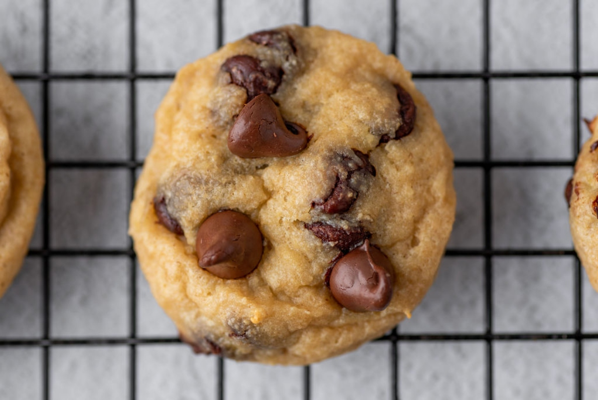 Banana cookie with chocolate chips closeup