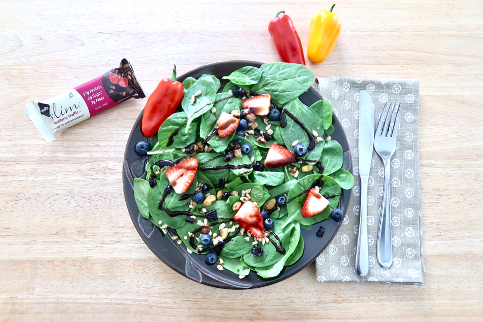 summer salad with low sugar protein bar for diabetes