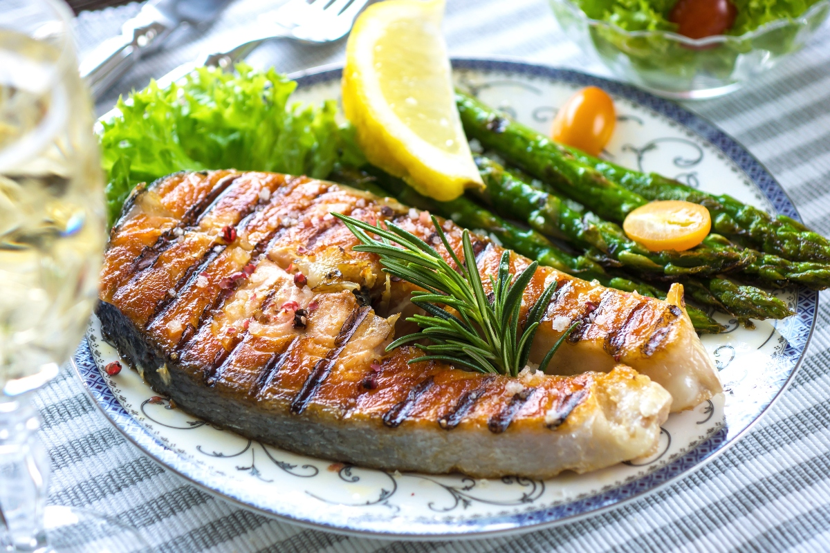 Grilled Salmon steak with asparagus