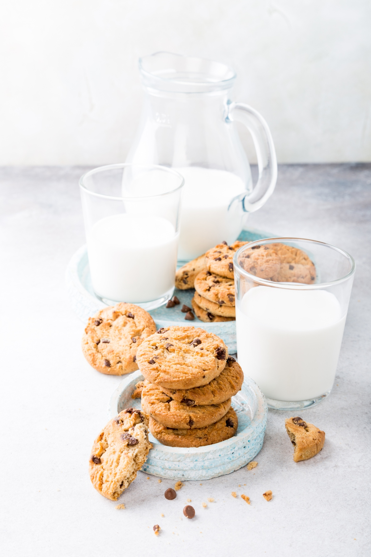 Camel milk in glasses and bowl with cookies