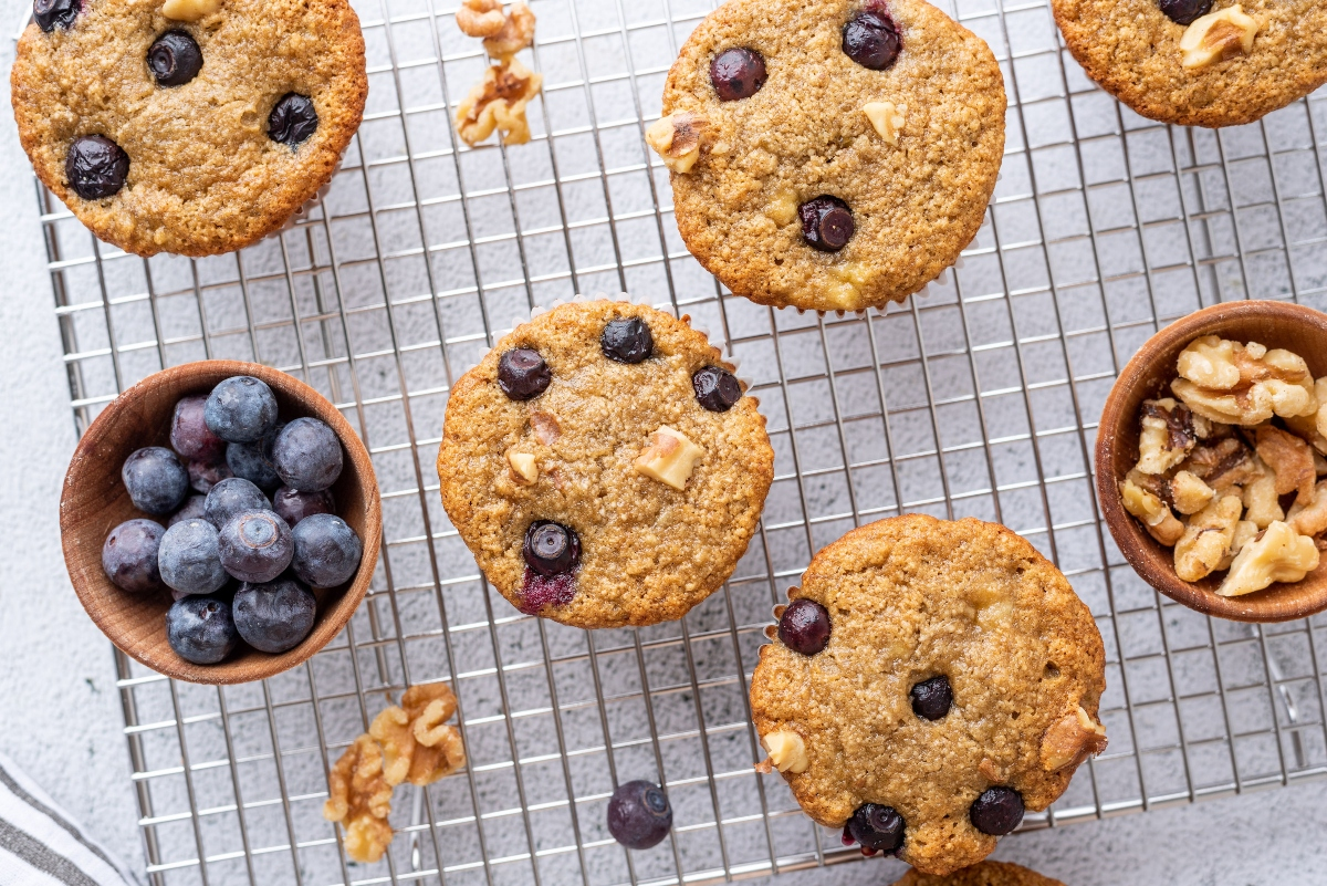 Oat Banana Blueberry Muffins with Blueberries and Walnuts In a Cup