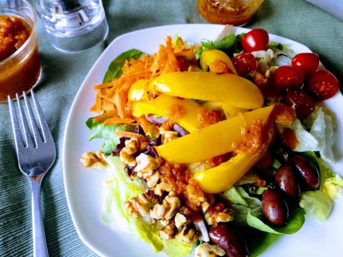 Pumpkin vinaigrette salad dressing